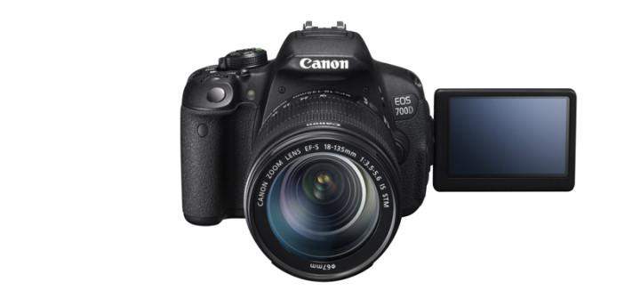 Canon EOS 700D mit 18-135mm IS STM bei Foto Seitz
